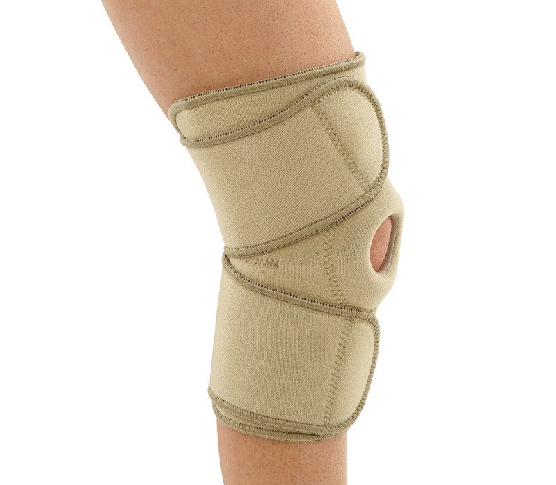 Knee Wrap with Patella Opening in beige