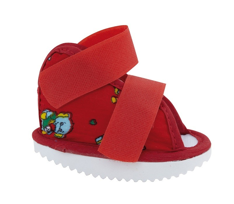 Paediatric Cast Boot Closed in red fabric